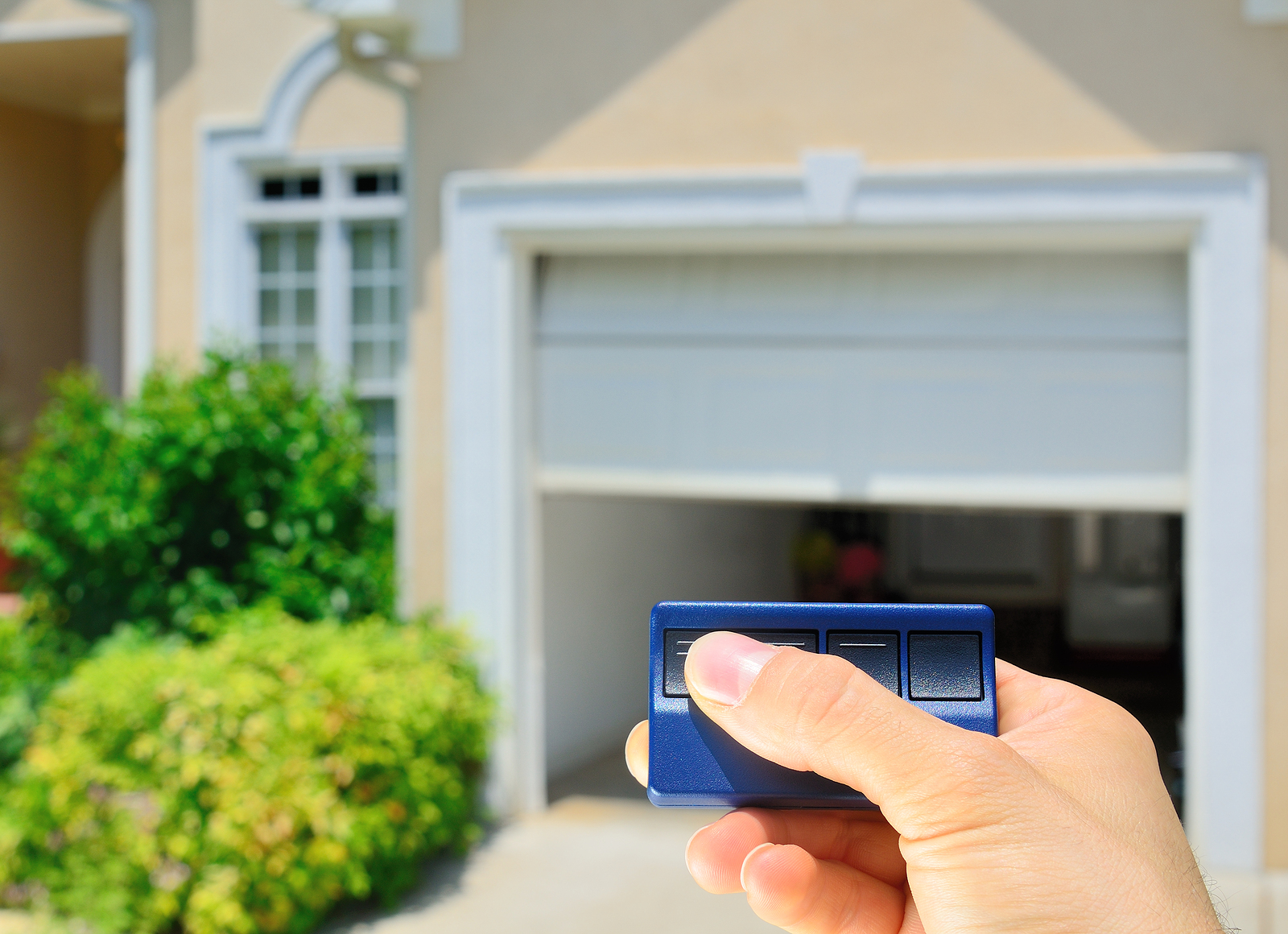How to choose and program a new garage door remote control for Selecting a garage door opener