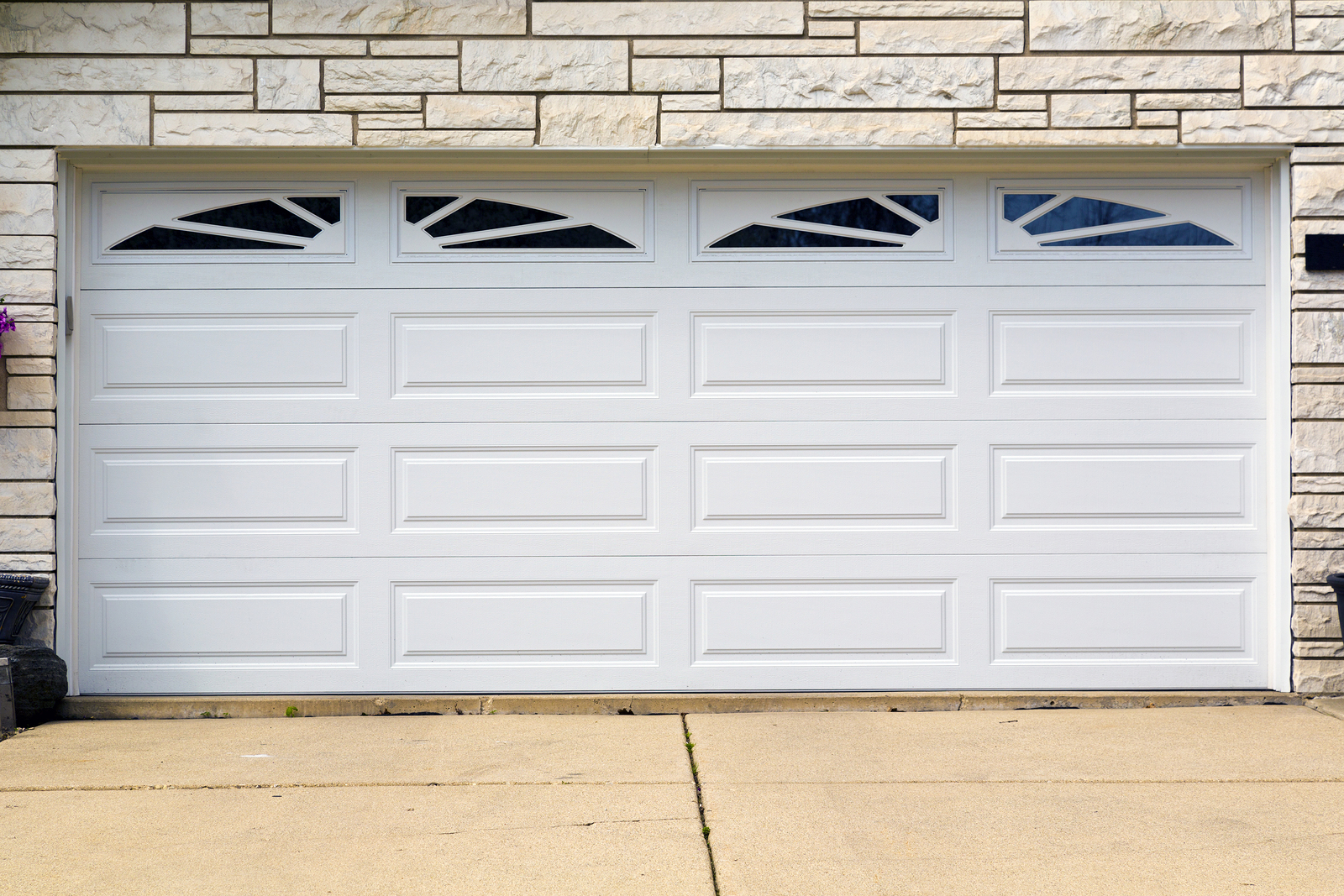 5 reasons to choose a sectional garage door perfect How to select a garage door opener