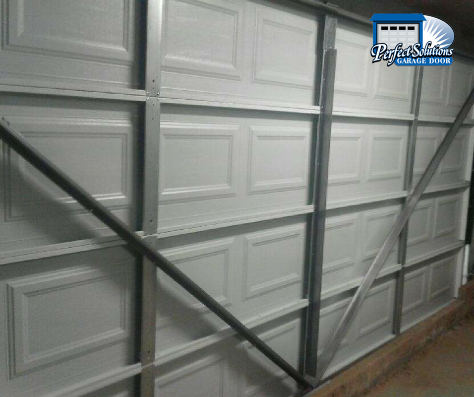 For Marie she got the look of a standard overhead door but the function of a tilt door. We think it looks great and most importantly Marie is happy with ... & one piece garage door Archives - Perfect Solutions Garage Door