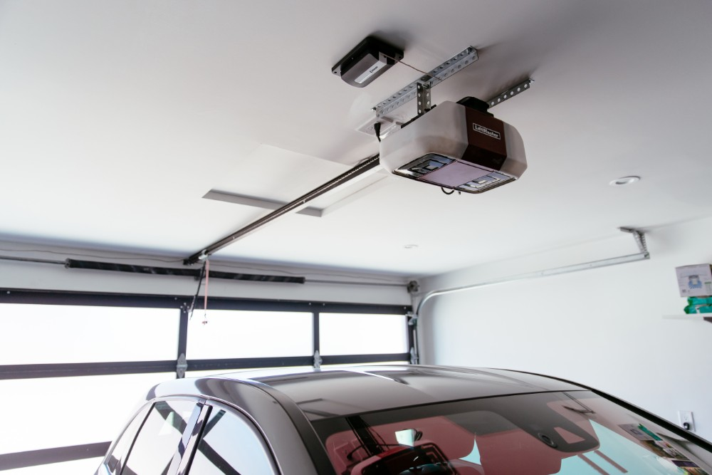 Different Kinds of Garage Opener