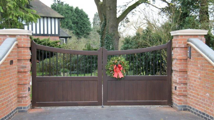 Convenience and Safety of Having Electric Gates